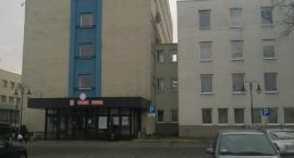 Ewakuacja w Urzędzie Miasta we Włocławku. Dostali informację o bombie [VIDEO, FOTO]