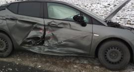 Wypadek w Godziszewach. 4 pojazdy zderzyły się na drodze wojewódzkiej [FOTO]
