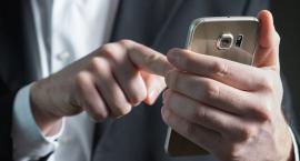 Uwaga na fałszywe SMS. Możesz ściągnąć wirusa