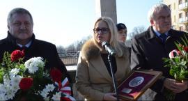Uroczystości pod pomnikiem Sapera we Włocławku