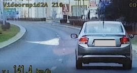 Ponad 140 km/h na terenie zabudowanym we Włocławku [VIDEO]