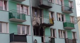 Tragiczny pożar na Dziewińskiej we Włocławku.12 osób w szpitalu, jedna nie żyje