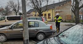 Wypadek na Długiej we Włocławku. Kierowca motocykla w szpitalu