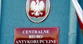 Poręczenie i zakaz opuszczania kraju dla biznesmena z Włocławka i byłego wiceministra z regionu