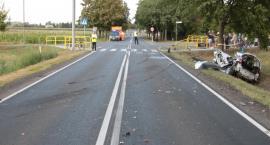 Tragiczny wypadek w Radziejowie. 28-latka wjechała golfem wprost pod samochód ciężarowy