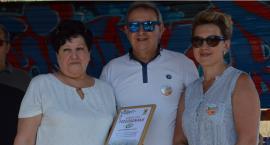 Rajd rowerowy w gminie Kowal i  festiwal kolorów nad jeziorem Lubiechowskim