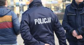 Kopał, groził pozbawieniem życia, gwałtem i spaleniem domu lipnowskim policjantom