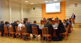 Sesja Rady Miasta Włocławek. Petycja, skargi, nowa jednostka budżetowa i co z mandatem radnego?