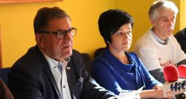 Pracownicy DPS protestują we Włocławku. Solidarność udzieliła poparcia