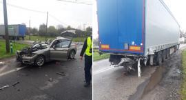 Tragiczny wypadek w Głuchowie. BMW zderzyło się z ciężarowym Volvo [FOTO]