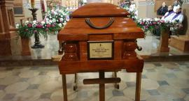 Pogrzeb Biskupa Dembowskiego we Włocławku [ZDJĘCIA, VIDEO]