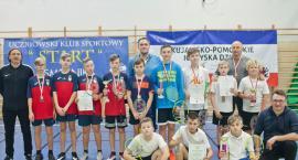 Medale dla uczniów szkoły w Smólniku na Mistrzostwach Województwa w Badmintonie