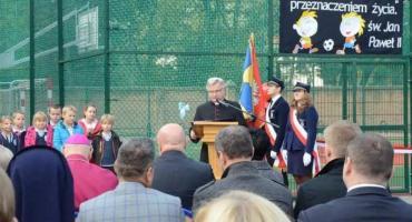 Odsłonięcia pomnika ks. Jana Długosza w Zespole Szkół Katolickich we Włocławku