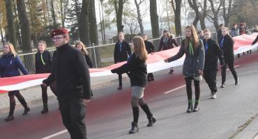 Zobacz jak uczcili Święto Niepodległości w Choceniu [ZDJĘCIA, VIDEO]