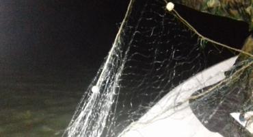 Nielegalne sieci kłusownicze w jeziorze Grójec