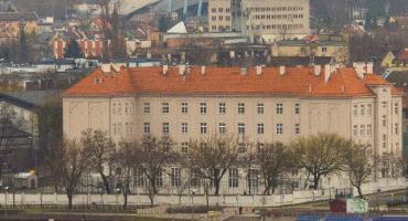 Uczniowie LMK we Włocławku nagrali teledysk Magia Świąt w LMK [VIDEO]