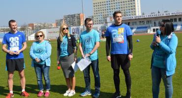 Włocławski Bieg Przyjaźnie dla Autyzmu na stadionie OSiR we Włocławku