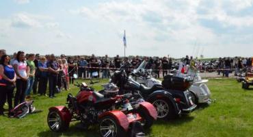 Majówka 2019 pod Włocławkiem. Piknik motocyklowy i lotniczy w Kruszynie