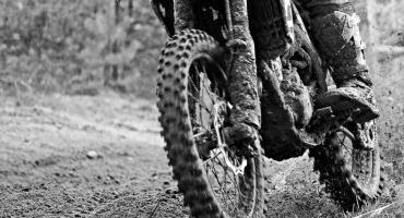 Tragedia na torze motocrossowym w Lipnie. Nie żyje 15-letnia zawodniczka