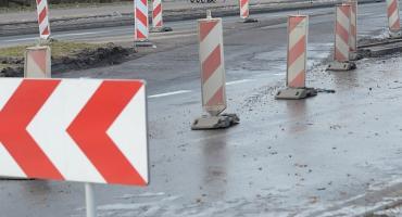 Zmiana organizacji ruchu przy przebudowie dróg. Potrwają do końca października