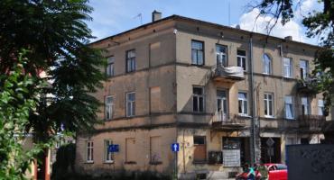 Te budynki we Włocławku mają doczekać się gruntownego remontu. Zobaczcie [ZDJĘCIA]