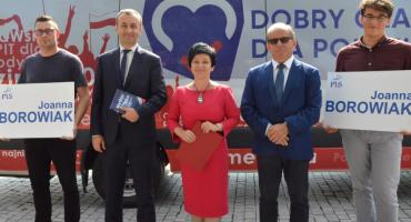 PiS zainaugurował kampanię do Sejmu i Senatu