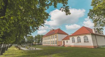 Brześć Kujawski zabezpiecza szkoły. Specjalny system będzie strzegł bezpieczeństwa dzieci