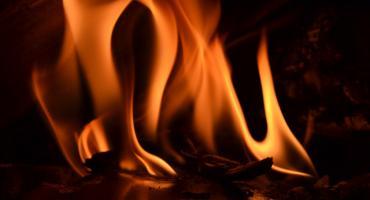 Pożar w Smólniku w Gminie Włocławek. Na miejscu 3 jednostki straży pożarnej