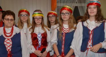 Koncert pieśni patriotycznych Zespołu Folklorystycznego Smólnik
